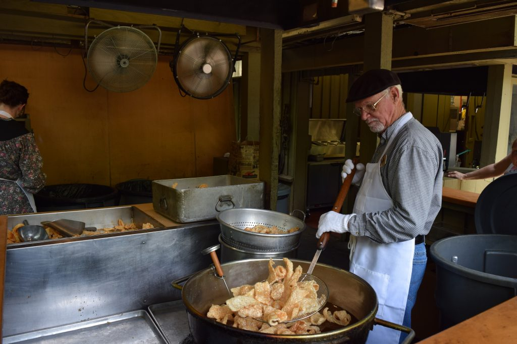 cooking pork skins at silver dollar city