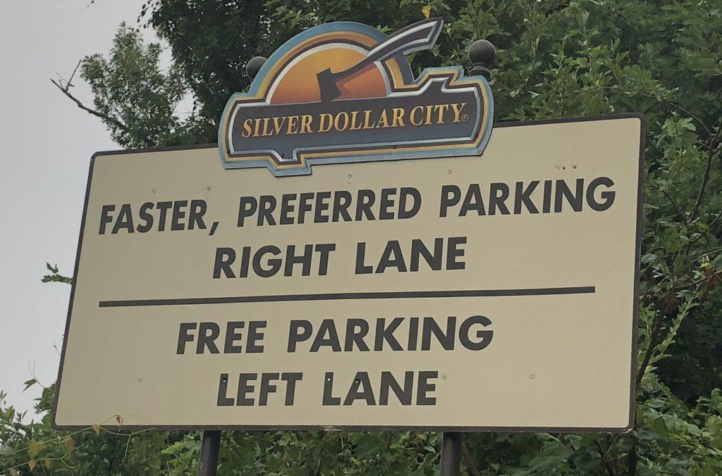 parking at SIlver Dollar City